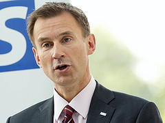 "Health secretary unswayed by ""weekend effect"" research as doctors talks resume"