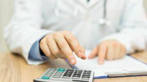 Despite biosims, ulcerative colitis drugs still cost too much; ICER